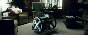 x-men-saga-incoherences-charles-xavier-marche-fauteuil