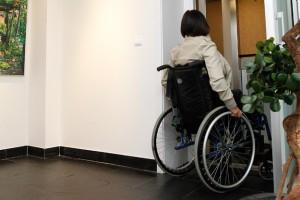 femme_fauteuil